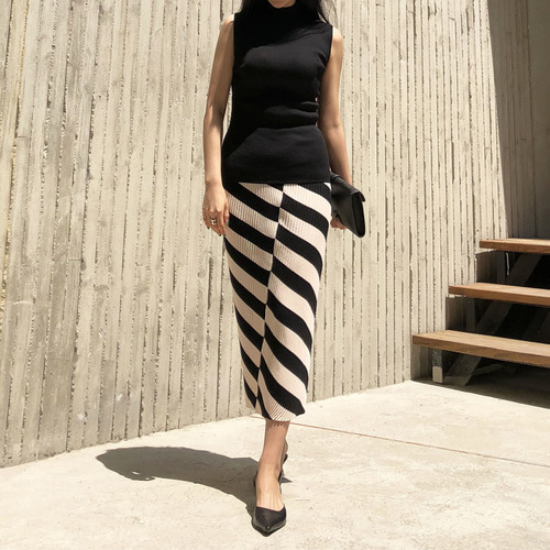 1961 stripe knit skirt