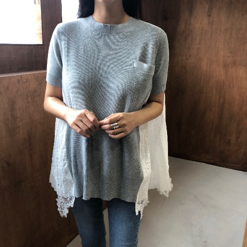saca knit blouse