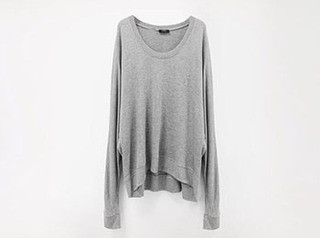 loose sweat tee