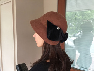 chane* cloche hat